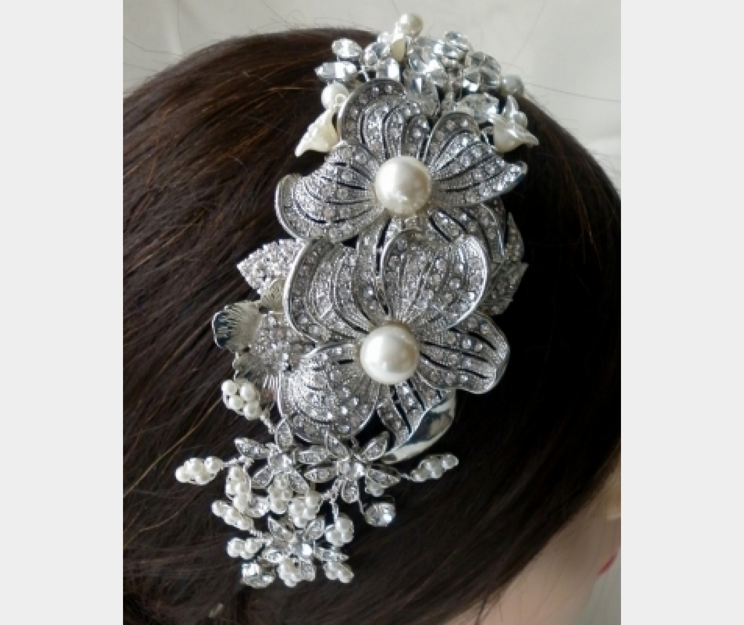 Vicky H Tiara Designs - Handmade and Bespoke Tiaras, head pieces, accessories and brooch bouquets