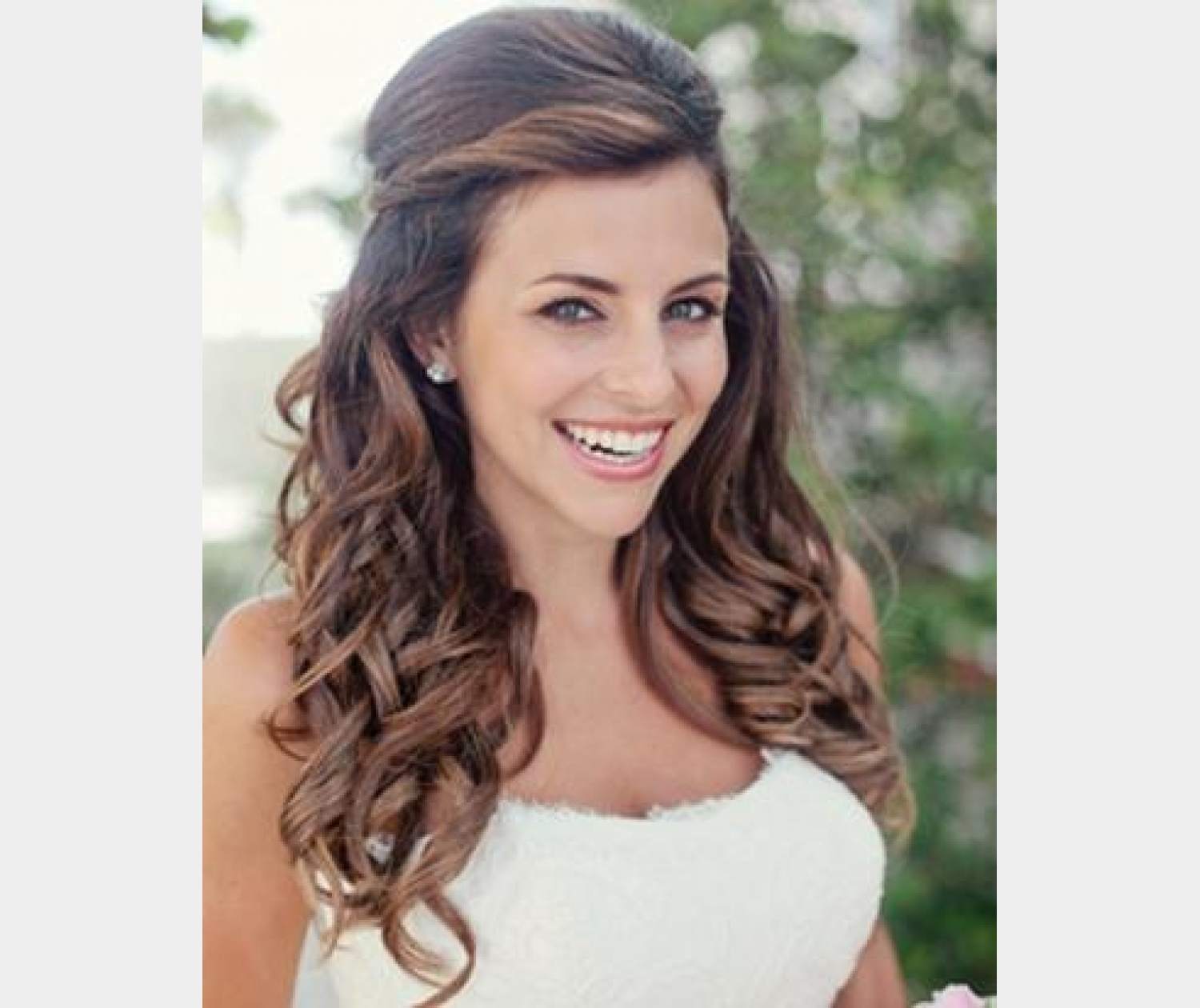 Specialist Wedding Hairdresser. See our packages